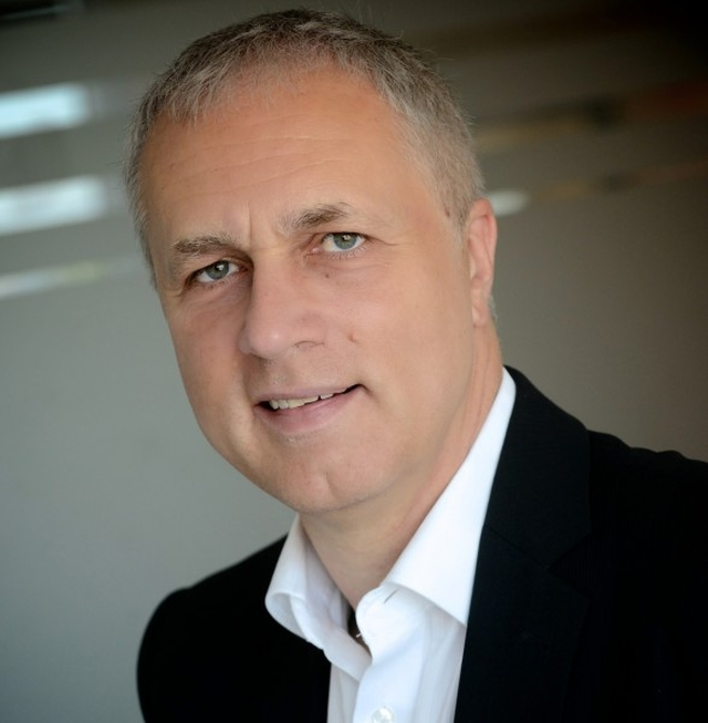 Éry Gábor, 365 üzleti történet