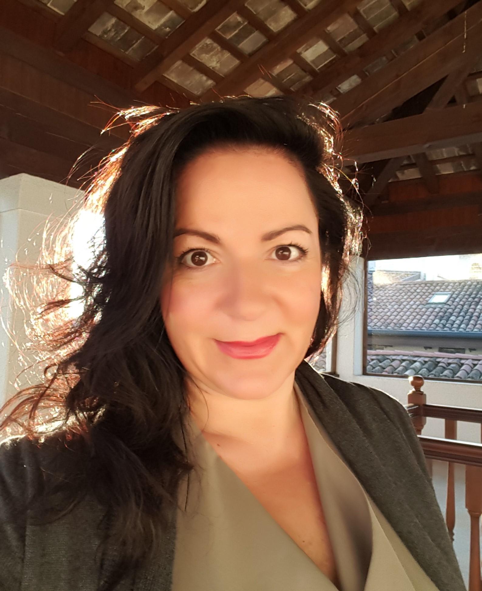 Semperger-Sommariva Kinga,365 üzleti történet