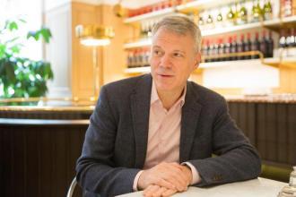 Chris Mattheisen,váltás, vállalkozás