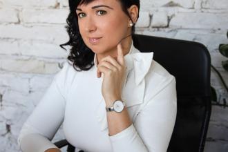 dr. Bitai Zsófia, 365 üzleti történet