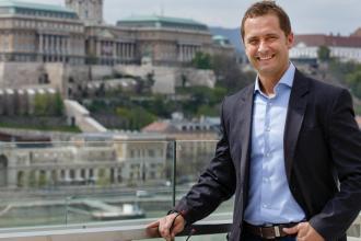 Dienes-Oehm Tivadar, 365 üzleti történet, Dell-EMC Hungary