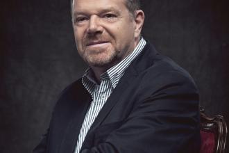 dr. Török László tanácsadó, szakkönyvíró, a CIB Bank korábbi vezérigazgatója