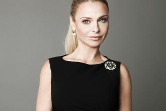 Yvonne Dederick, 365 üzleti történet