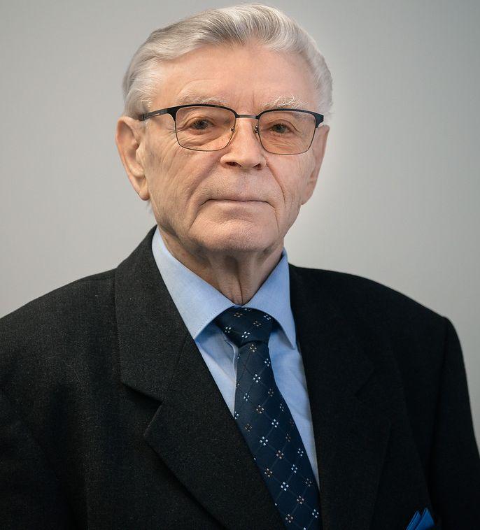 SápiMiklós, az Aqualing Kft. tulajdonos ügyvezetője