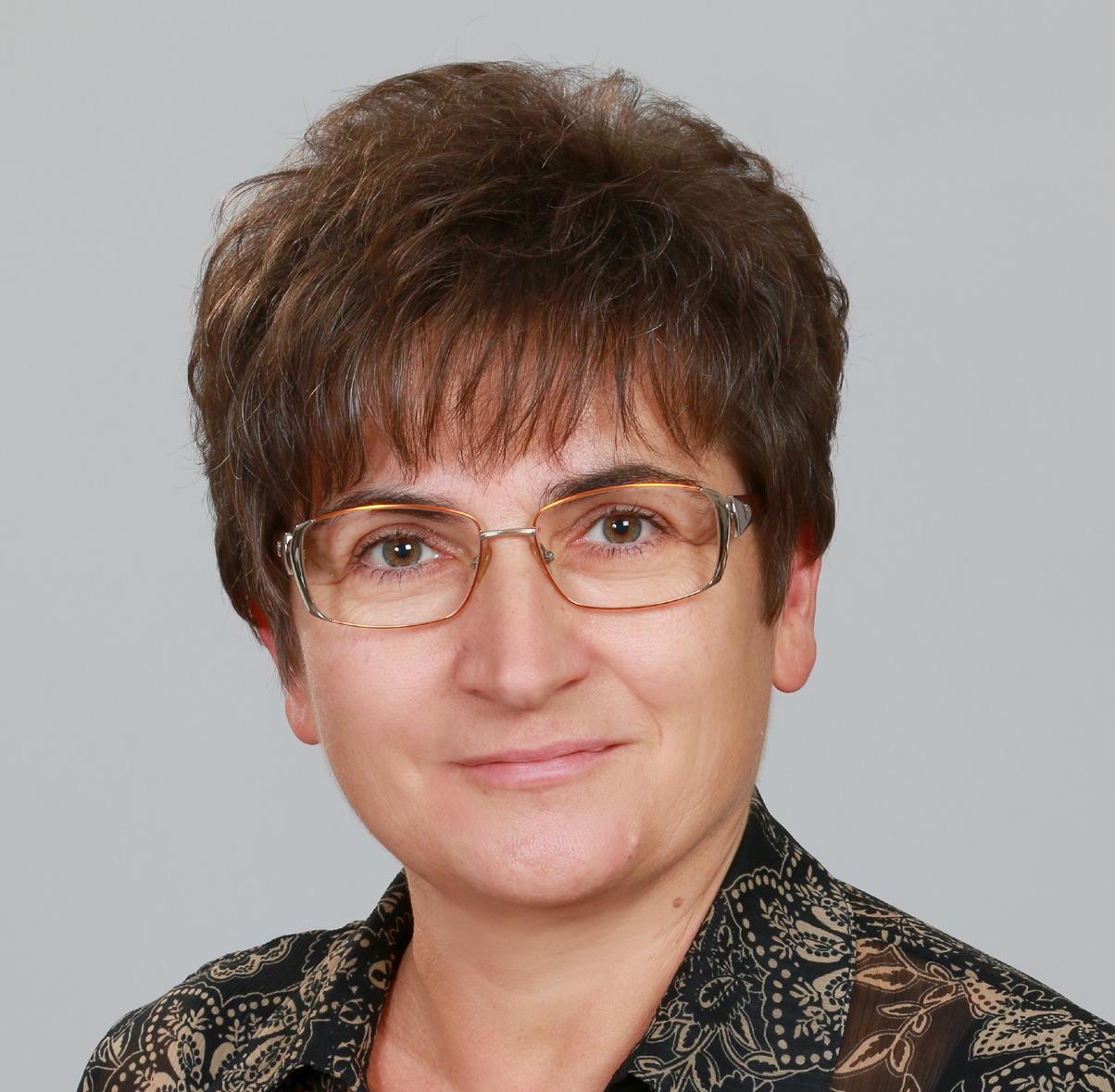 Sólyomné Greskó Éva, 365 üzleti történet