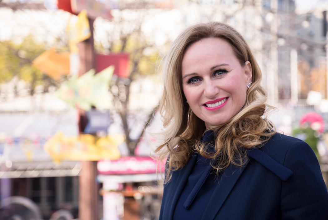 Varga-Szabó Andrea: Nekünk kell a fiatalok fejével gondolkodni