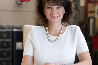 Kósa Erika, 365 üzleti történet
