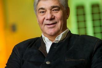 Nyúl Sándor, 365 üzleti történet