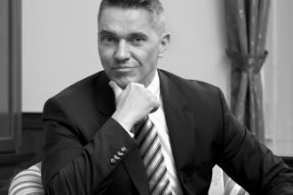 365 üzleti történet, Papp Tibor