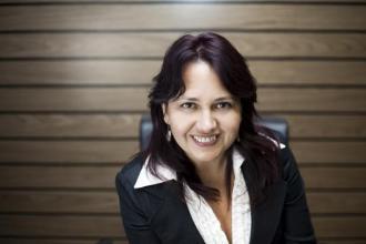 Simon Erika, 365 üzleti történet