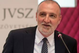 Tálos Péter, a Foxconn-csoport alelnöke, a Joint Venture Szövetség elnöke