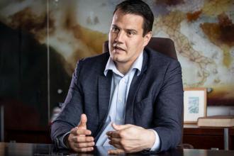 Tibor Dávid, külföldi leányvállalat, BOOM Magazin